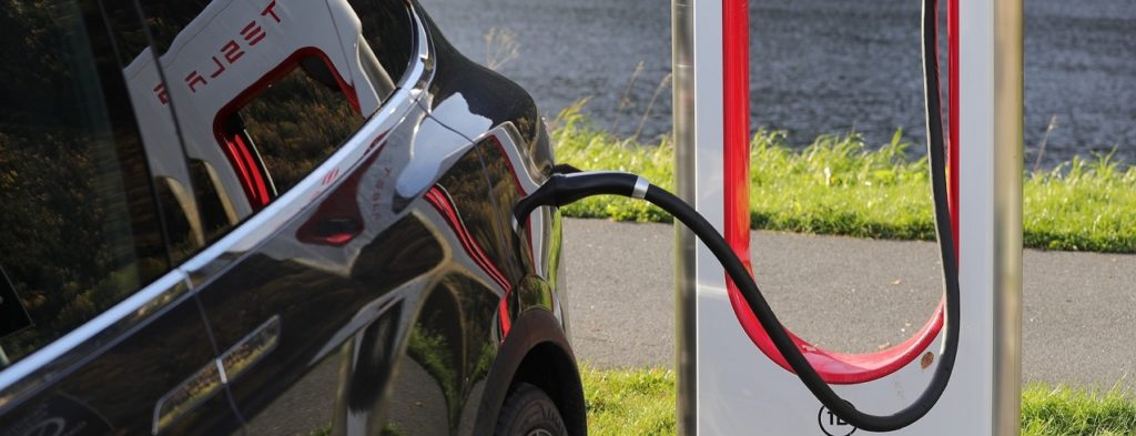Electric car charging Faraday Battery Challenge Innovation R&D and V2G Electic Vehicle Charging